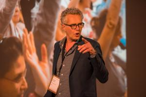 Emiel Kanters spreekt op OroMeetupNL