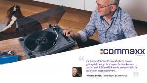 man bij lp speler met quota van commaxx e-commerce manager vincent seelen